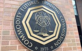 CFTC Commissioner Cites CryptoKitties, Dogecoin When Talking DLT Uses