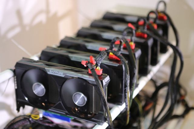 Chinese School Principals Caught Mining Ethereum At Work